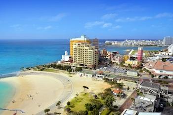 沖繩坎帕納船屋飯店
