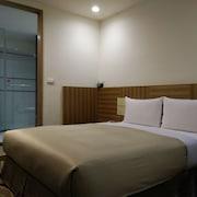日安西門城市旅店
