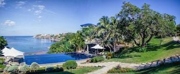 Club Punta Fuego Batangas Outdoor Pool