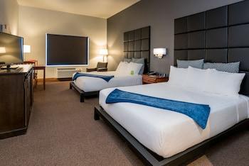 HotelWood River Inn & Suites