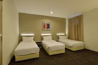 Deluxe Triple Room