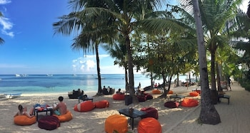 Ocean Vida Beach And Dive Resort Malapascua Hotel Bar