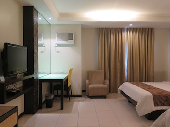 Circle Inn Bacolod Living Area