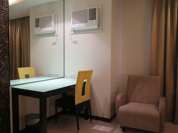 Circle Inn Bacolod In-Room Business Center
