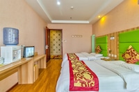 Deluxe Twin Room (2 single beds)