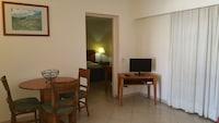 Apartment, 1 Bedroom, Pool View