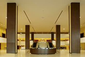 Centra Government Complex Hotel & Convention Centre