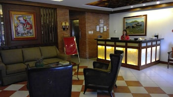 Hotel Vicente Davao Reception