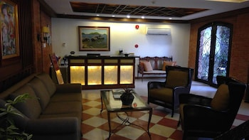 Hotel Vicente Davao Lobby Sitting Area