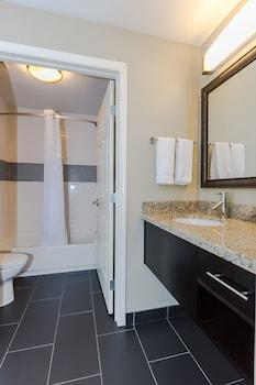 Staybridge Suites Grand Forks