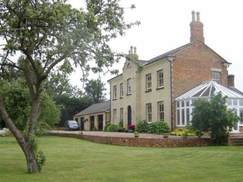 Woodleys Farm House
