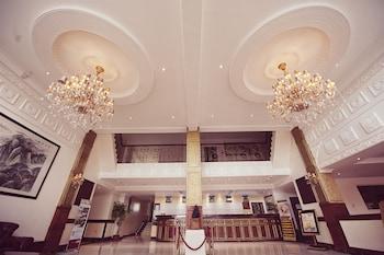Clarkk Renaissance Hotel Clark Reception