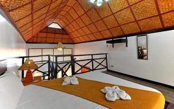 The Club Ten Beach Resort Boracay Guestroom