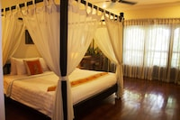 Deluxe Double or Twin Room (Room Only)