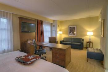 Hampton Inn Columbus / South - Fort Benning - Columbus, GA 31903 - Guestroom