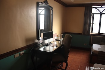 New Camelot Hotel Quezon City In-Room Amenity