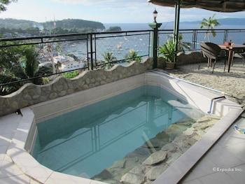 Dream Hill Condos Puerto Galera Outdoor Pool