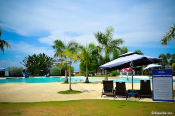 Best Western Sand Bar Resort Cebu Property Grounds