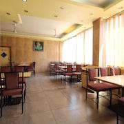 薩伊帕爾基尼瓦拉飯店