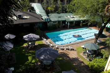 Orchid Inn Resort Pampanga Pool