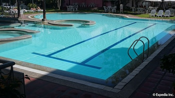 Wild Orchid Resort Subic Outdoor Pool