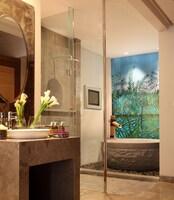 Exclusive Room (Alaya Room)