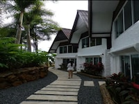 Standard Room - 200 meters away from the Parama Resort (there are golf carts available)