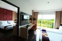 Deluxe Room, Balcony, Pool View