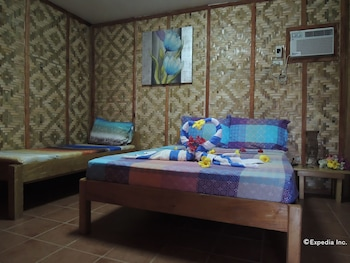 Asian Belgian Resort Moalboal Guestroom