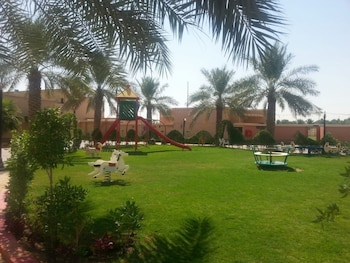 Boudl Nakheel Resort