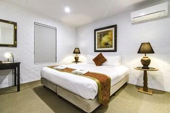 HotelHideaway on George