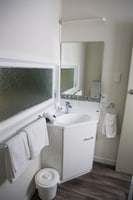 One Bedroom - Unit 4
