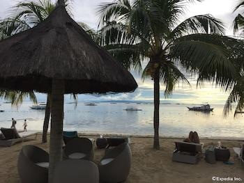 Linaw Beach Resort Bohol Beach