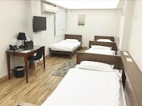 Comfort Quadruple Room, Shared Bathroom
