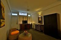 Superior Triple Room, 1 Bedroom, Smoking, Balcony