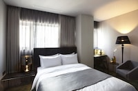 Superior Double Room (Parking: 10,000 KRW per Night)