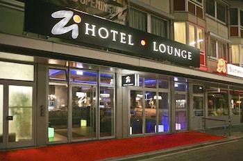 HotelZi Hotel & Lounge
