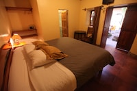 Double Room - Breakfast included