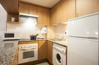Superior Apartment, 2 Bedrooms (5 PEOPLE)