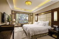 Inner-lake View Room of Villa 2 - Breakfast for 2