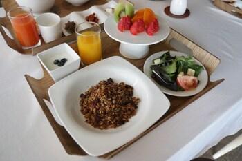 「ベイヒル プール & ヴィラ 朝食」の画像検索結果