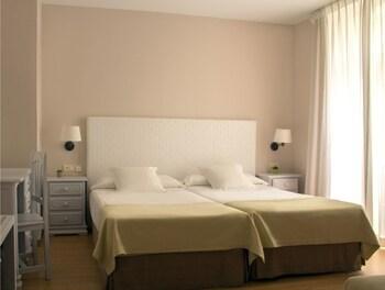 Hotel Venecia thumb-2