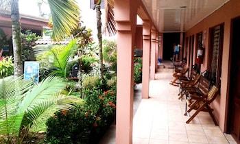 Hotel Hostel La Choza Inn