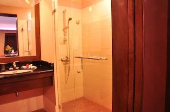 Coralpoint Gardens Cebu Bathroom