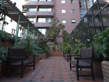 The Paramount Serviced Apartments Melbourne