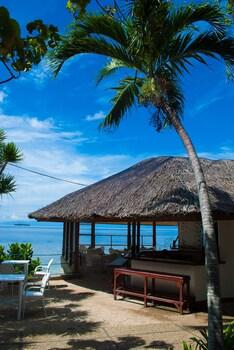 Quo Vadis Dive Resort Moalboal Exterior