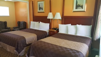 Alpine Inn and Spa - South Lake Tahoe, CA 96150 - Guestroom