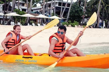 Cocoloco Boracay Beach Resort Featured Image