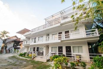 The Beach House Resort Boracay Property Grounds