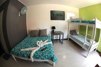 Puerto Galera Beach Club Guestroom